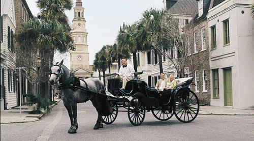 carriage ride through historic charleston